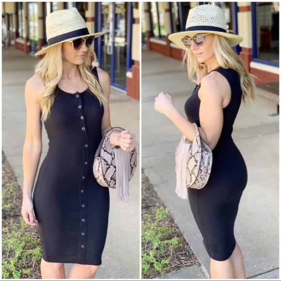 Infinity Raine Dresses & Skirts - Black Ribbed Button Up Midi Dress